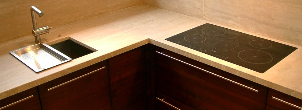 travertin arbeitsplatte tische f r die k che. Black Bedroom Furniture Sets. Home Design Ideas